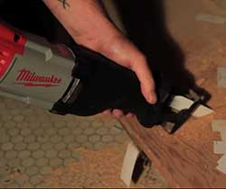 Milwaukee 6519-31 12 Amp Sawzall-17