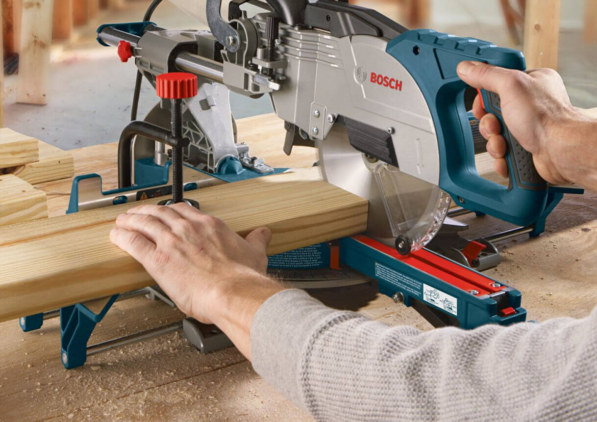 bosch-cm8s-compound-miter-saw-09