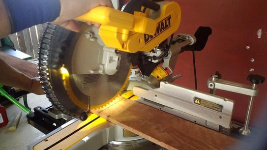 dewalt-dws780-miter-saw-13